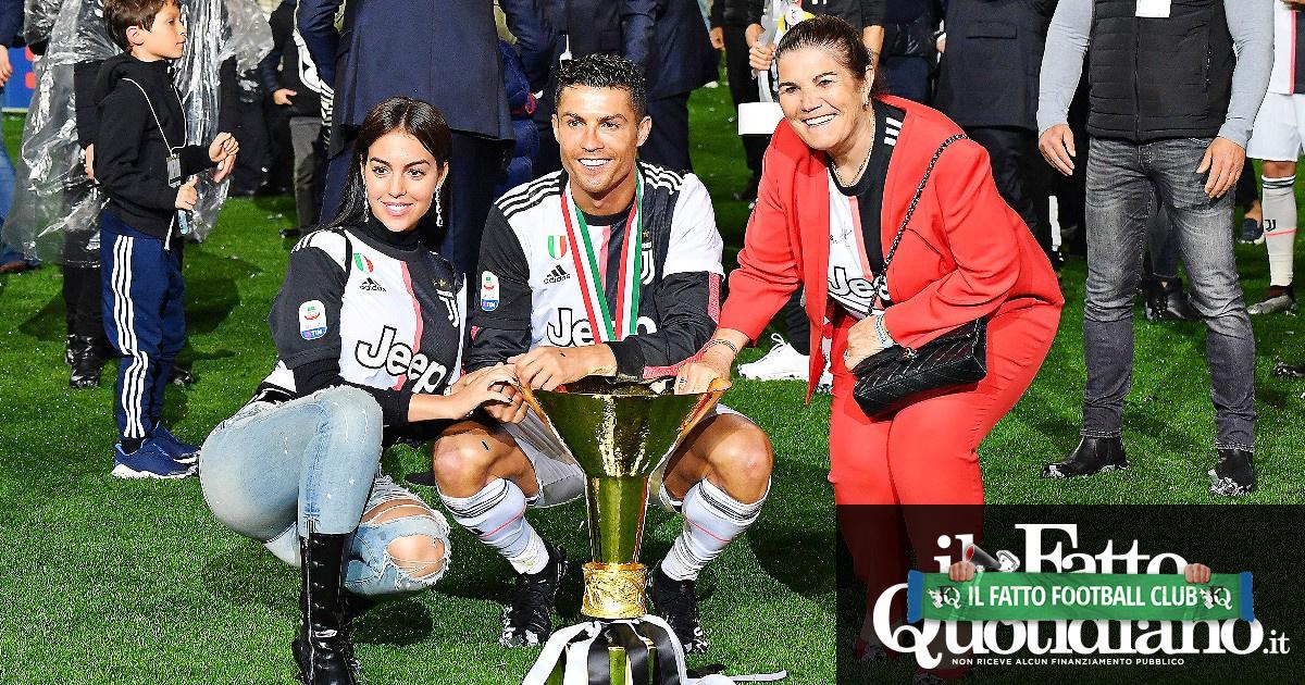"""La madre di Cristiano Ronaldo spinge per il suo ritorno in Portogallo: """"Giocherà nello Sporting Lisbona"""""""