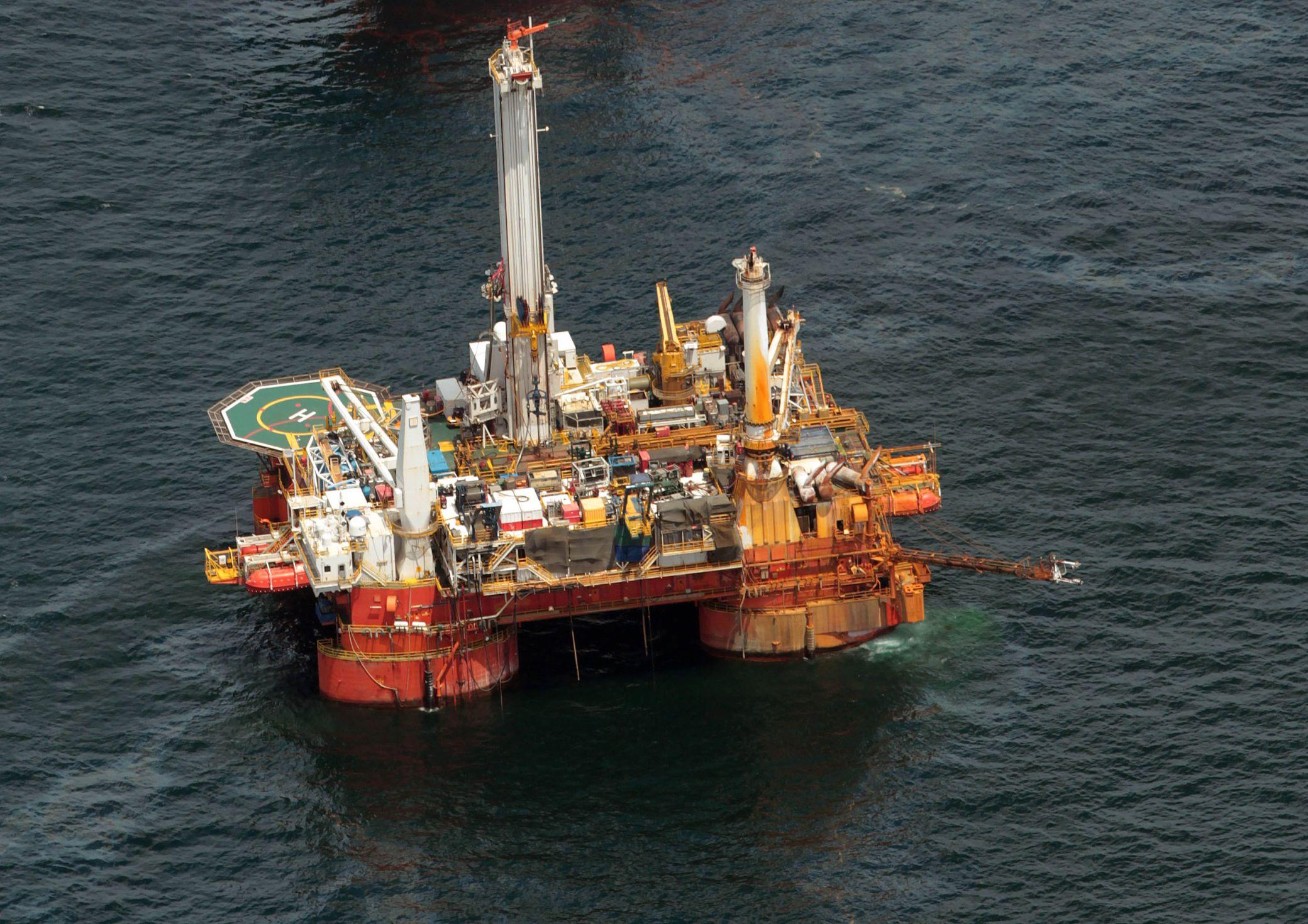 Petrolio 27 piattaforme a rischio e ora si trivella nel for Piani di piattaforma di piattaforma