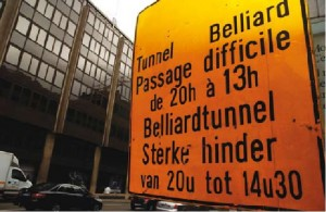 cartello stradale in belgio