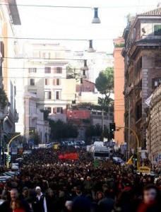 Manifestazione degli studenti contro il governo Berlusconi