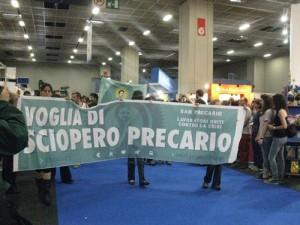 La contestazione di San Precario al Salone del Libro di Torino