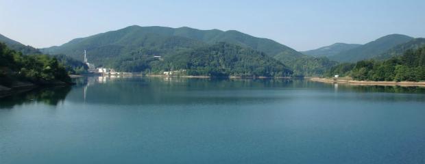 Non solo spiaggia ecco laghi e fiumi dove trascorrere una giornata d 39 estate il fatto quotidiano - Fiumi dove fare il bagno toscana ...