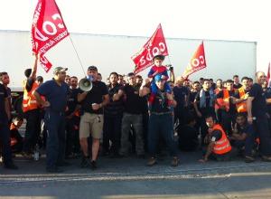 """Piacenza, Tnt bloccata: """"Lavoratori stranieri ricattati e ..."""