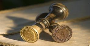Ufficio Notai Medioevo : Otto notai illegittimi per loro il guardasigilli ha firmato una