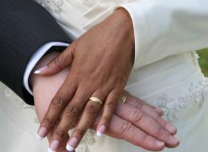 Arrestato mentre si sposa perch senza permesso di for Permesso di soggiorno dopo matrimonio