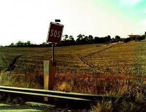 Colonnina s.o.s. autostrada