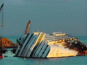 Isola del Giglio - Costa Concordia un anno dopo
