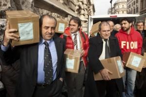 Referendum, Comitato consegna firme in Cassazione