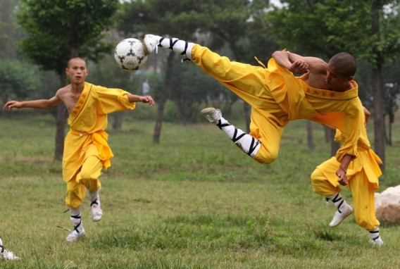 Shaolin monks, 2010