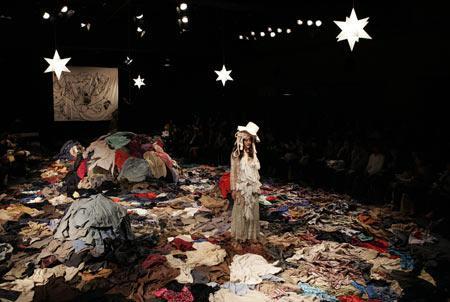 Ara Furuhashi, Tokyo fashion week, 2009
