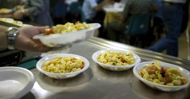 """Istat: """"Povertà assoluta per 10 milioni di italiani. Il 10% della popolazione"""""""