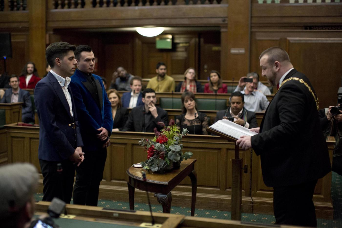 Matrimonio In Inghilterra : Diritti gay in inghilterra le prime nozze in italia continuano