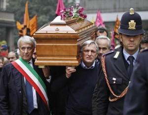 Funerali di Lea Garofalo , testimone di giustizia uccisa dalla 'Ndrangheta nel 2009